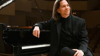Horacio Lavandera: el eterno   pianista